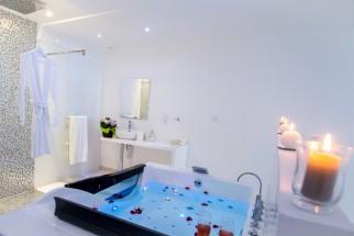 Le Paradis Blanc - Chambre pour les amoureux à Bordeaux - Love Loft