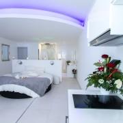 Le Paradis Blanc – Chambre pour les amoureux à Bordeaux – Love Loft