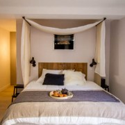 The Urban Loft – Chambre pour les amoureux à Bordeaux – Love Loft