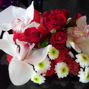 bouquet de fleurs LoveLoft Bordeaux